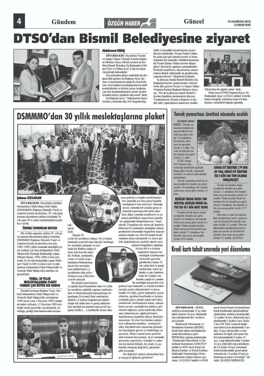 DSMMMO'DAN 30 YILLIK MESLEKTAŞLARINA PLAKET (özgürhaber gazetesi)